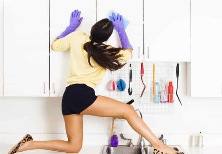 5 Mẹo vệ sinh nhà cửa cực chất chị em nào cũng nên biết - vệ sinh mọi vết bẩn